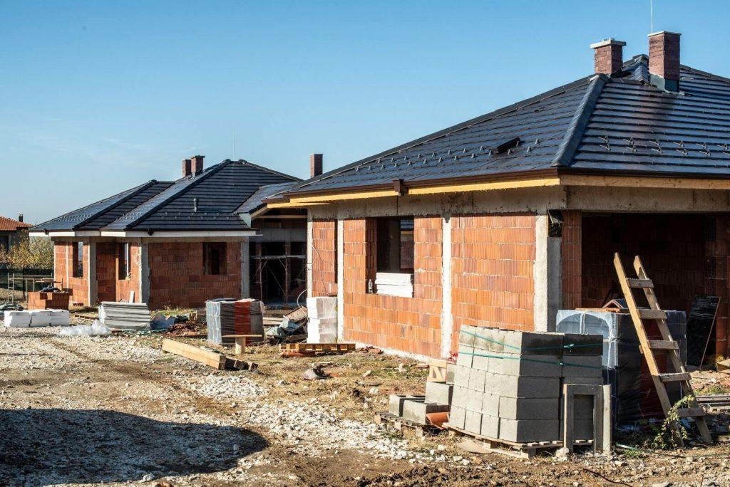 stan surowy budynkow